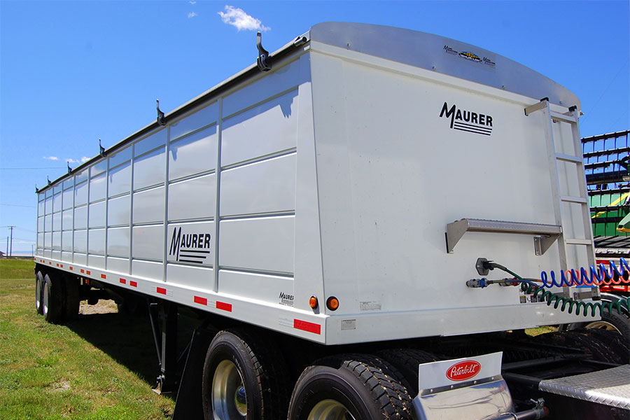 Maurer grain trailer, hopper